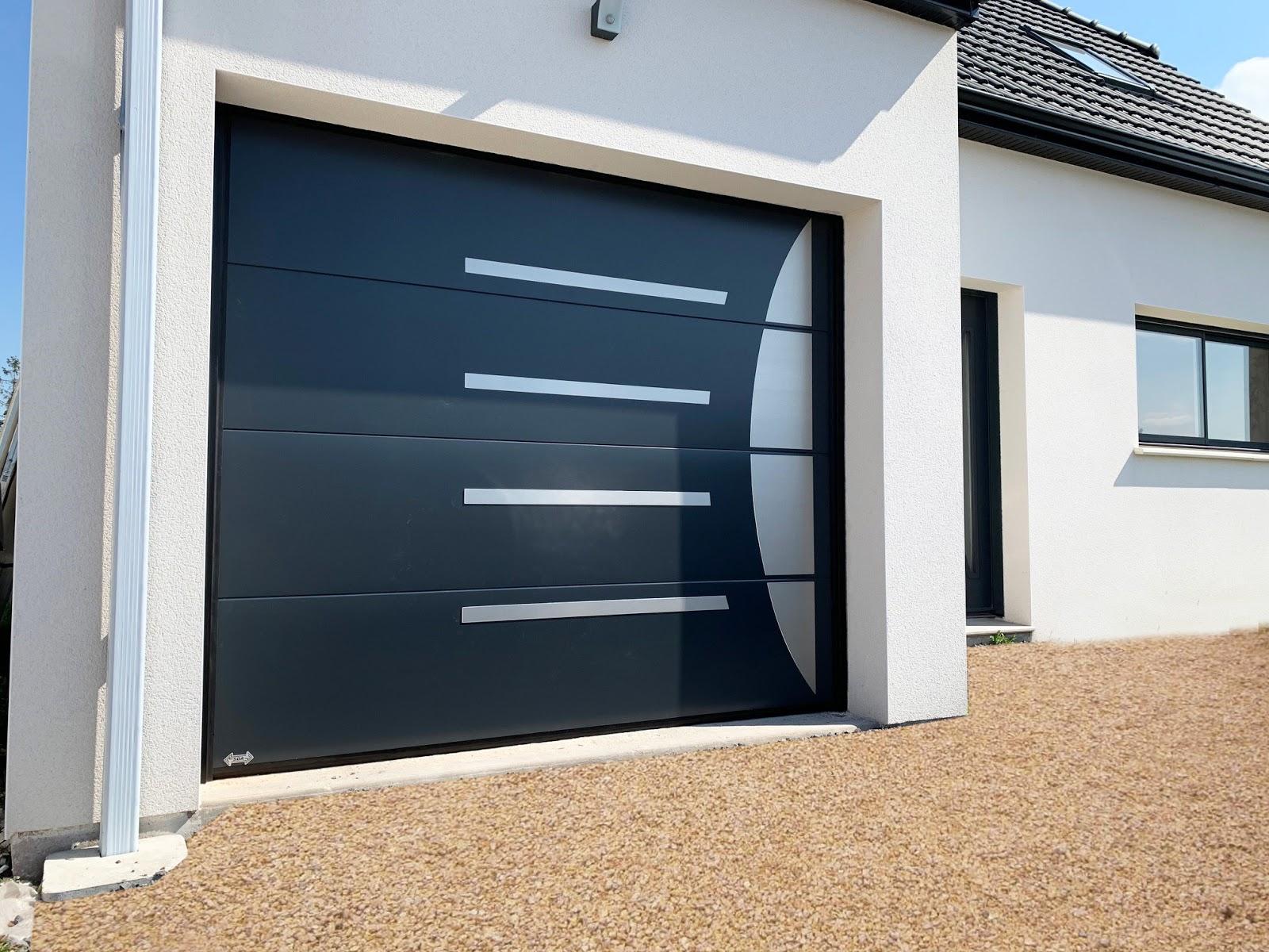 Portes de garage par SDA site Maison Thorel